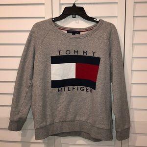 Tommy Hilfiger logo grey crew neck
